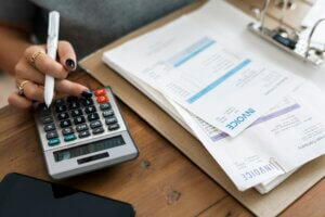 woman-doing-accounting